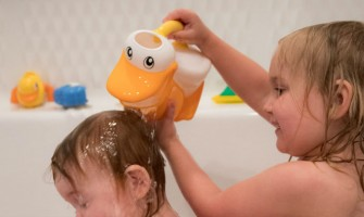 10 Things To Do While Supervising Bath Time